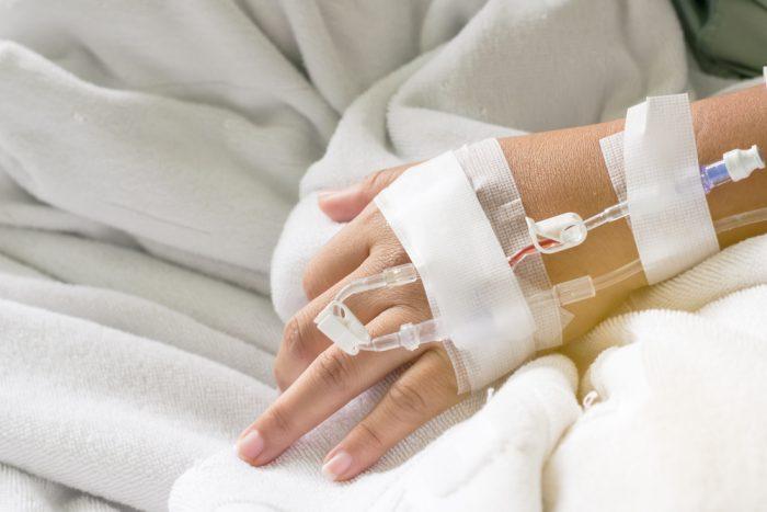 Ryzyko zakażenia wirusami zapalenia wątroby typu B lub C  w sportach walki