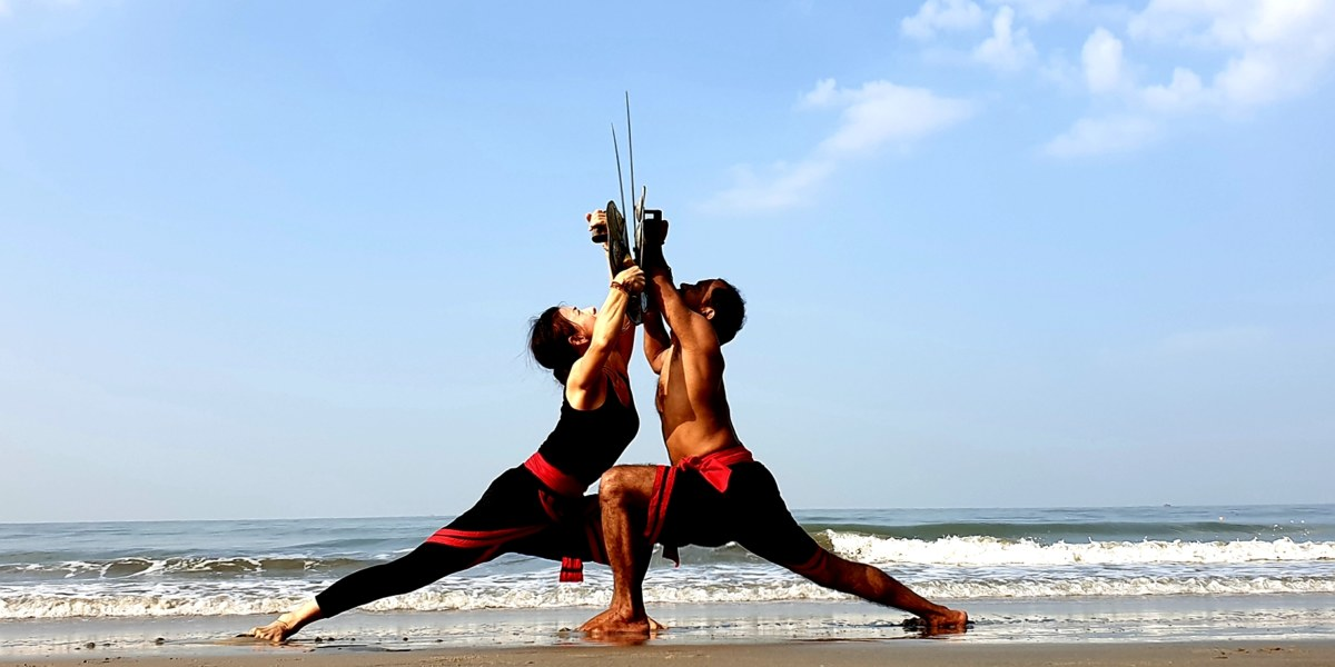 Kalarippajattu – południowo-indyjska sztuka walki,