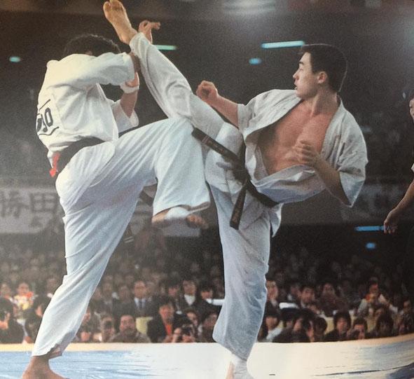 Aklyoshi Matsui – był jednym z najlepszych techników Kyokushin.