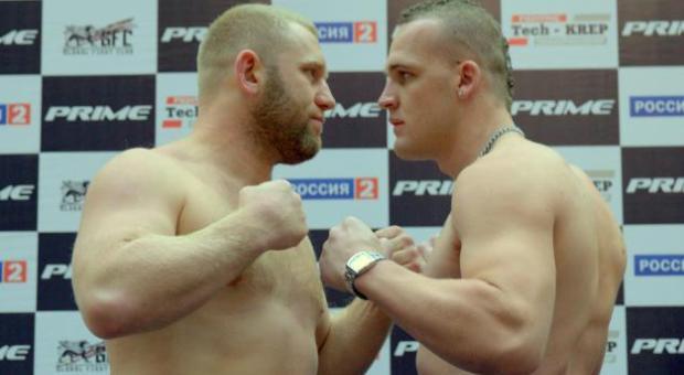 Gwiazda Bellatora, Siergiej Charitonow, został zaatakowany przez innego zawodnika MMA kastetem.