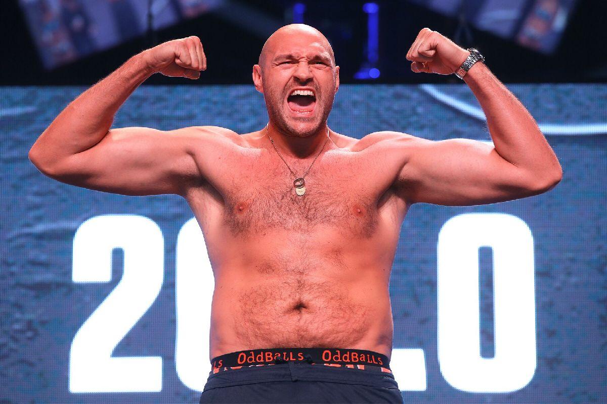 Tyson Fury prowokuje Anthony'ego Joshuę.