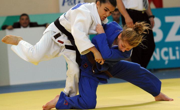 W hali sportowej PUSS w Pile odbyły się Akademickie Mistrzostwa Polski w judo