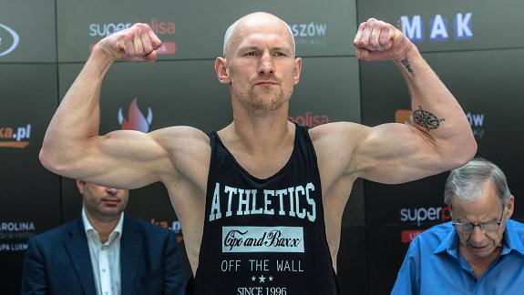 Krzysztof Włodarczyk (59-4-1, 39 KO) zamierza jeszcze raz spróbować wejść na szczyt kategorii cruiser.